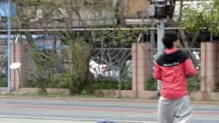 羅志祥空檔時間打籃球(26/01/2010 百分百運動會外景錄影@新湖國小)