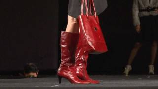 Milano Bags - Desfile a beneficio de Siempre Amanecer 2011 (HD) Thumbnail