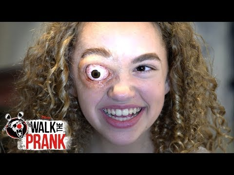 Gooey Eye | Walk the Prank | Disney XD