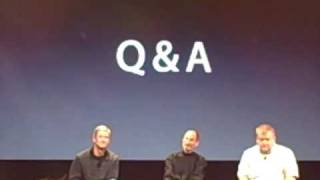 Apple executives answer press questions at iPhone 4 antennagate event