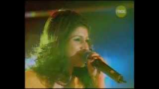 MADHURAA BHATTACHARYA singing Madhuri dixit