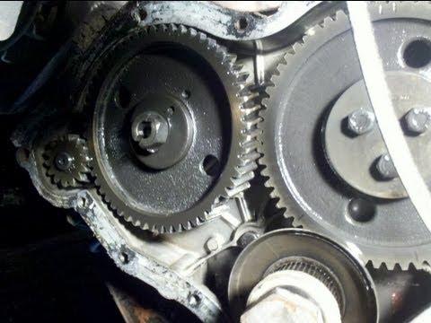 Mf 590 - Engine Breakdown - Timing Case Is Open - Broken