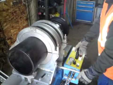 Butt welding wellheads