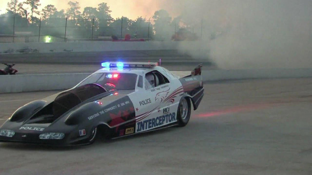 6 000 Hp Jet Car Fires Up With Raw Sound