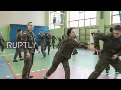 Poland: Army holds free self-defence classes for women