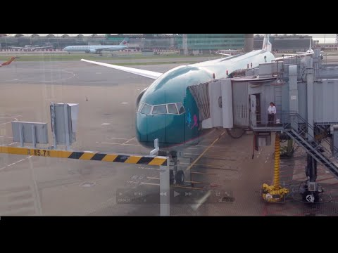 Cathay Pacific Airways CX935 Hong Kong to Manila Ninoy Aquino *Full Flight*