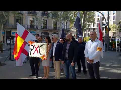 PxC exhibe la única bandera española en la ofrenda floral a Rafael Casanova del 11 de Septiembre