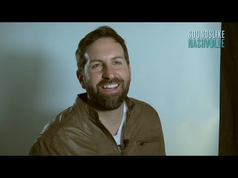 Exclusive Interview: Josh Kelley Plays This or That