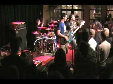 MUTE - Raven CD launch - Quebec City - Burning Wreck