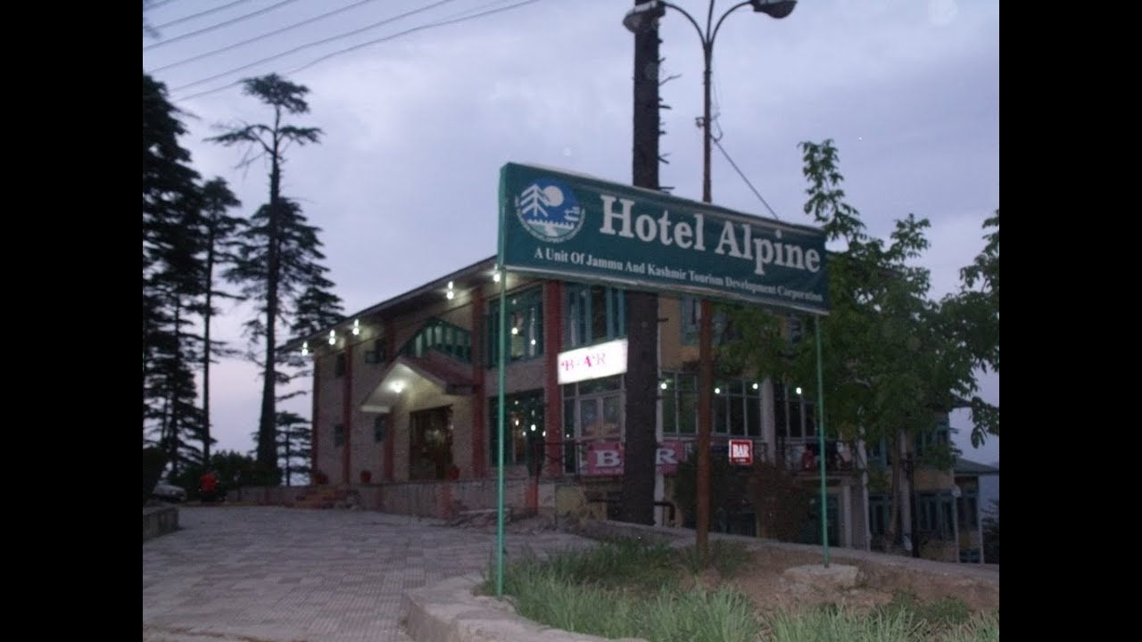 Luxury Jktdc Hotel Alpine At Patnitop Jammu India Hotels You