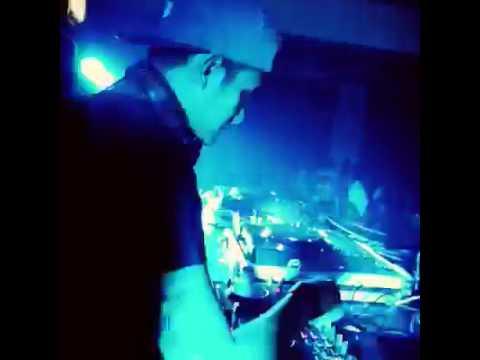 DJ. Vicky nitinegoro