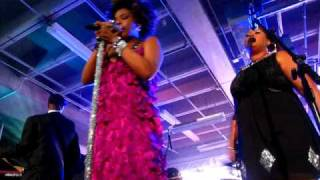 Watch Macy Gray Wake Up arcade Fire 2004 video