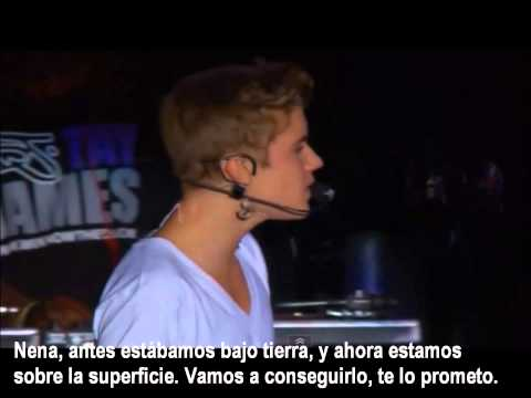 Justin Bieber 'UP' LIVE Zocalo México City 2012 - HD - LETRA ( sub. español )