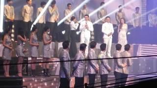 โอเคนะคะ+คู่คอง(Dance version)+พูดขอบคุณ+หัวใจผูกกัน ร้องหมู่ Love is in the air concert 29-4-17