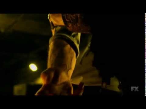 The Strain TV series episode 1: scary monster