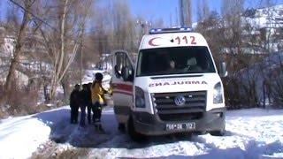 Yozgat Yaşama Yol Ver Proje Ekibi kış şartlarında zor da olsa köy çocuklarına ulaşıyor!