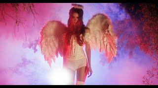 Смотреть клип Miss Krystle - Holy Water