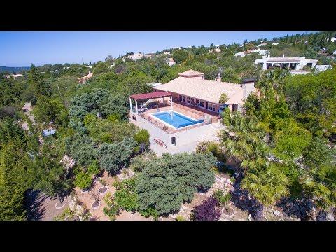 Unique One level Villa Santa Barbara de Nexe Stunning Views - PortugalProperty.com - PPSS1008