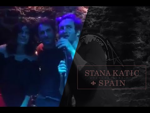 Cast de Absentia en un Karaoke (Parte 1)