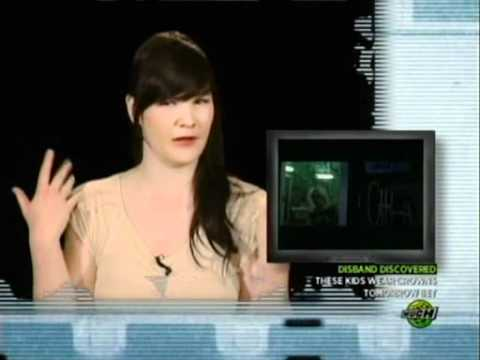 Dakota Fanning - Cherry Bomb (Video On Trial)