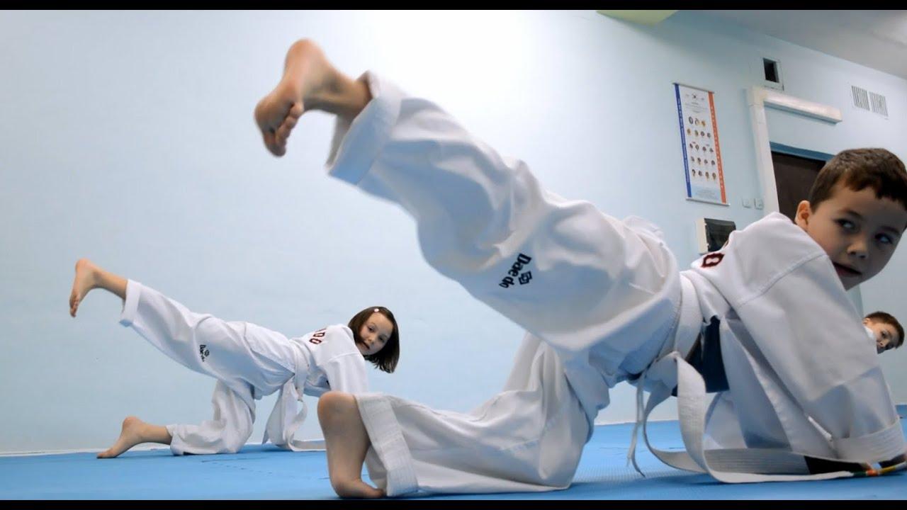 Тхэквондо тренировка у детей / Тхэквондо Киев - YouTube
