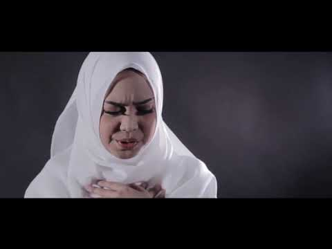 AKAD   PAYUNG TEDUH COVER BY RIA RICIS