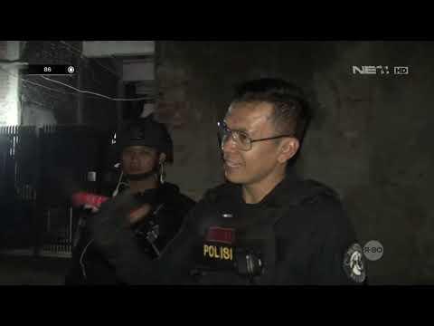 Perempuan Dan Laki-laki Yang Suka Kumpul Digerebek Tim Prabu, Ditemukan Sebuah Kapak - 86
