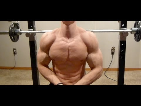 Activating Your Chest During A Bench Press Youtube