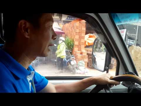 20150813 Thạch Anh từ CH Sec về thăm SG, lái thử xe Asia trên đường phố SG...