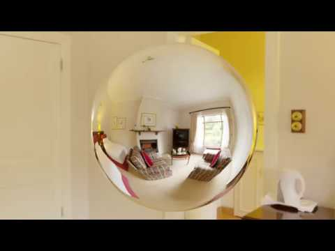 Revolving sphere. Blender 2.8 animation. Not a tutorial. thumbnail
