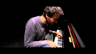 Miguel Araújo - still (Elvis costello) piano