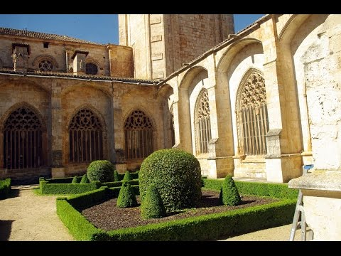 Fotos de: Soria - El Burgo de Osma - Catedral de la Asunción - Vista  interior