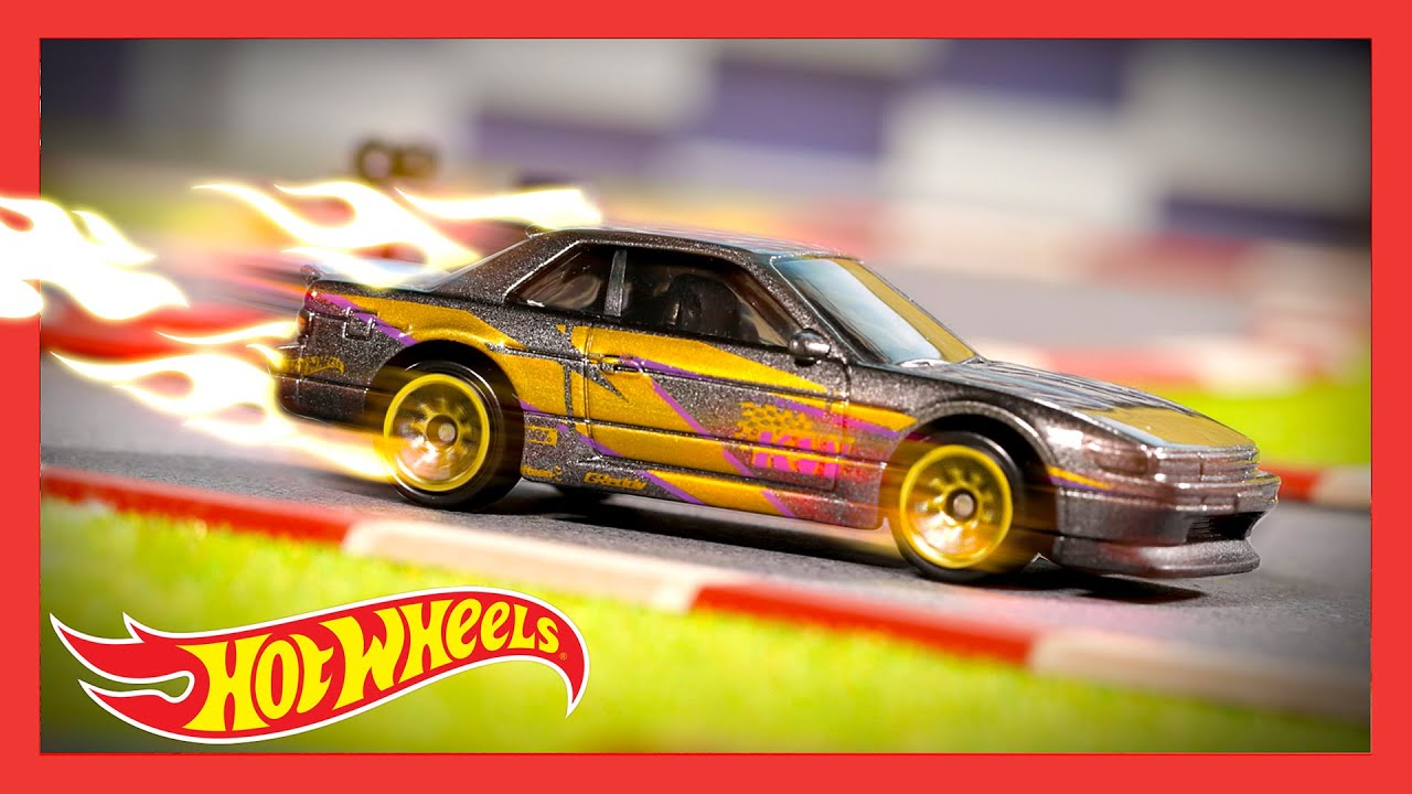 "HW SPEED GRAPHICS™ in ""THE LOOK THAT SELLS"" 