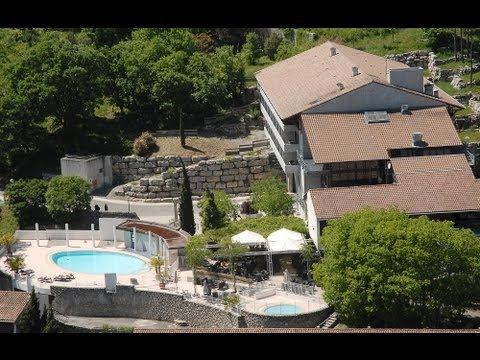 Le Domaine Lou Capitelle, votre destination pour vos vacances - YouTube