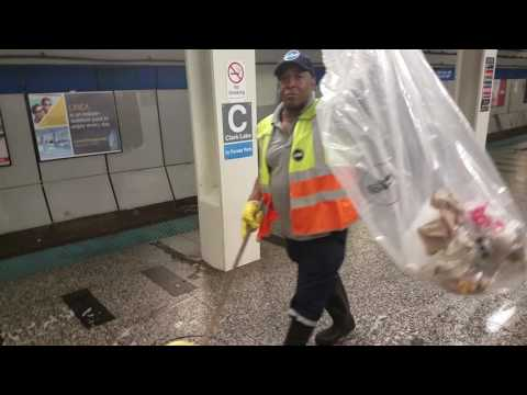 CTA Blue Line cleaning - Clark/Lake Station