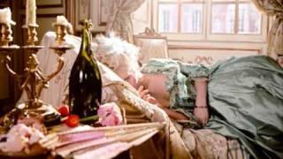 Marie Antoinette - Tommib Help Buss