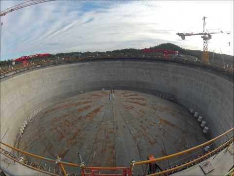 Santos GLNG tank roof  lift timelapse