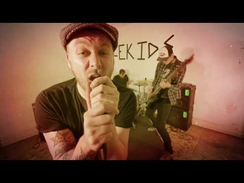 "Bottlekids - ""Way She Goes"" Official Music Video"