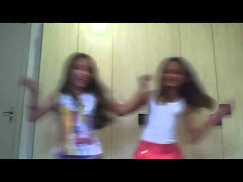 Menina na web cam mostrano para otra mulher - 3 part 4