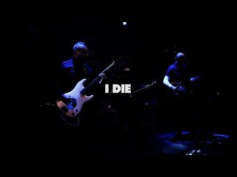 """Miss Parker """"I die"""" live by Stéphane Esse (Poste à Galène/Marseille)"""