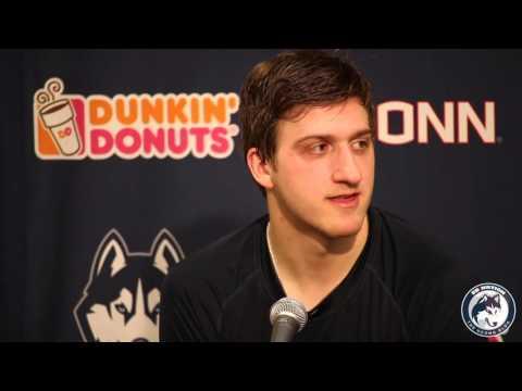 UConn Men's Hockey Press Conference - Vermont (playoffs)