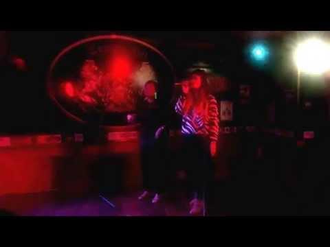 Karaoke Andorra Escaldes de festa a la nit a Andorra