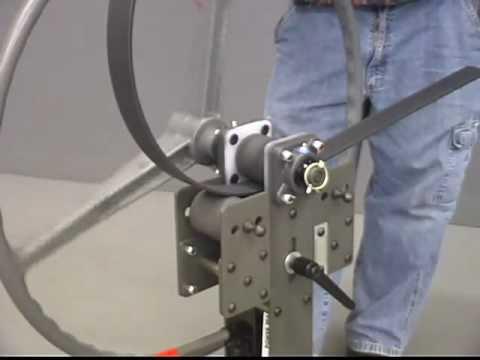 calandra manual artesanal - homemade ring roller | FunnyCat.TV