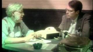 НЛО: Зона 51: Интервью c инопланетянином (РУСС субт-ры) (UFO-Area 51)(В то время как уже более десяти лет идут споры о подлинности фильма Рэя Саитилли «Вскрытие инопланетянина