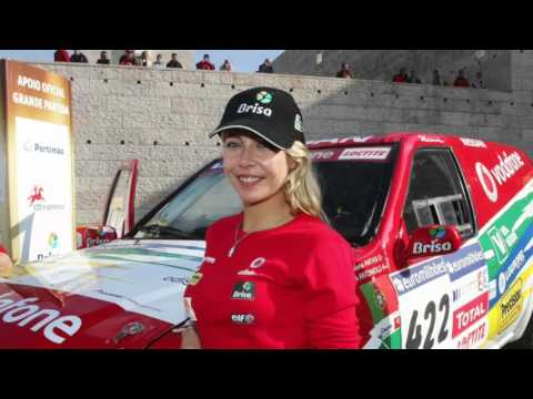 8 Female Racers Hotter than Danica Patrick