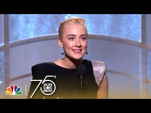 Saoirse Ronan Wins Best Actress in a Comedy at the 2018 Golden Globes streaming vf