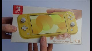 Unboxing the Nintendo Switch Lite (UK version)