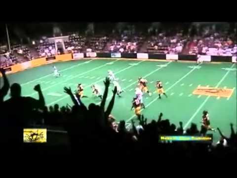 qb throws touchdown pass to himself