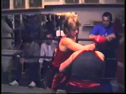 Erotic women boxing
