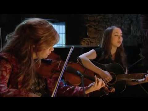 Sarah Jarosz with Alison Krauss - Run Away (Transatlantic Sessions)